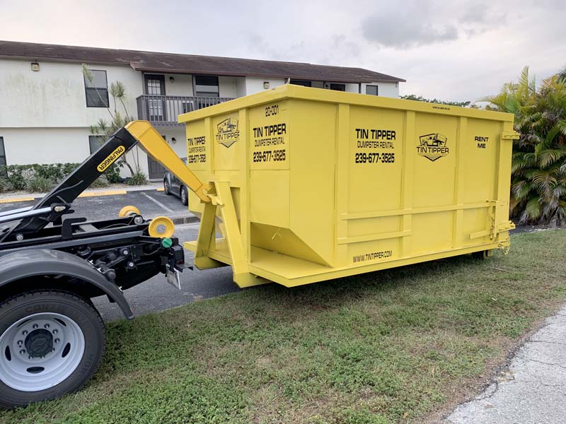 Junk-removal-and-hauling-cape-coral