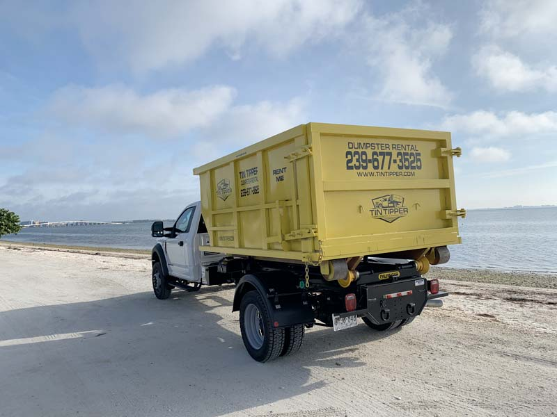 Junk-removal-and-hauling-fort-myers